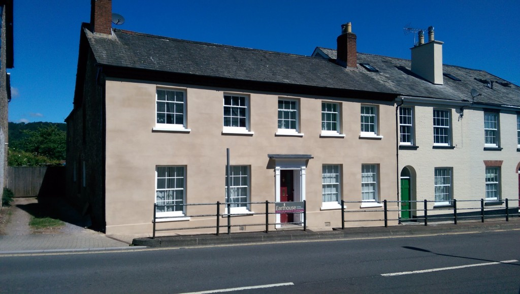 Earthouse Building Conservation Ltd - About us - lime render